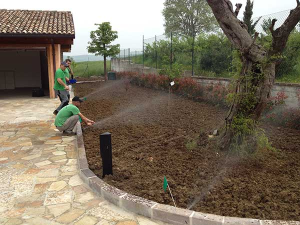 Irrigatore pop up k rain a turbina rps75 garden4us for Manichette per irrigazione prezzi